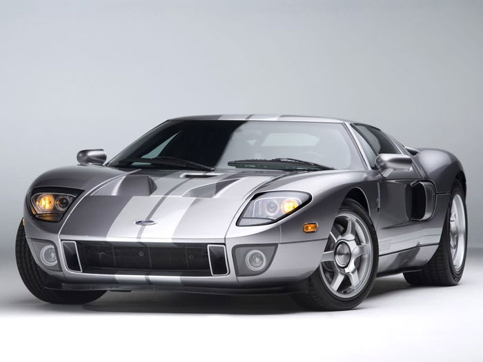Silver Ford Gt