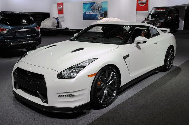 Nissan GT-R | - Your source for exotic car information, rentals ...