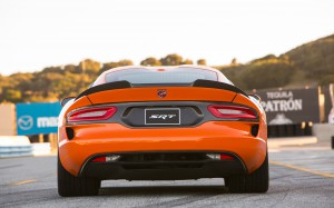 2014-SRT-Viper-TA-rear-back