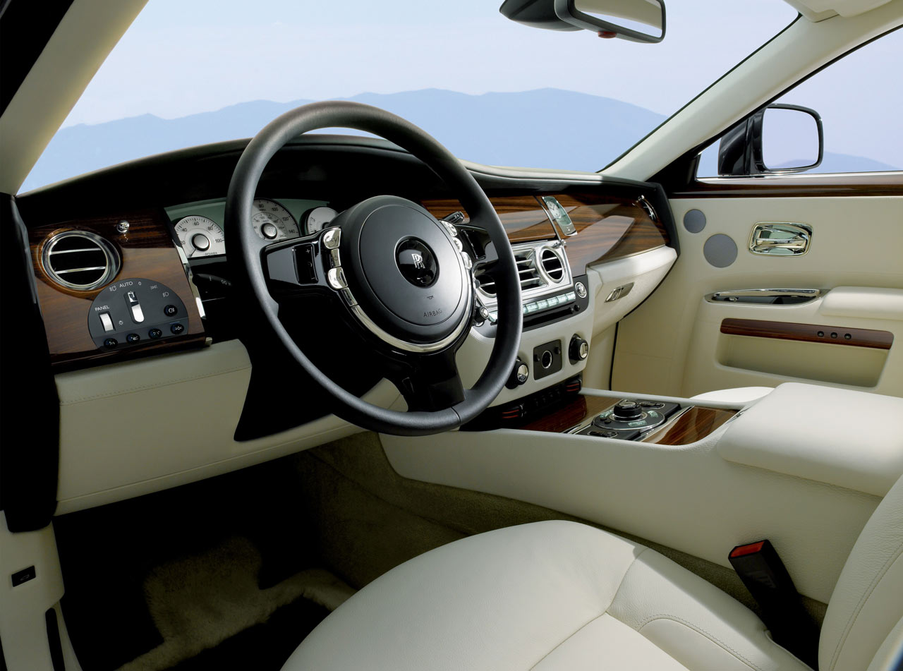 Rolls royce ghost your source for exotic car for Rolls royce ghost interior